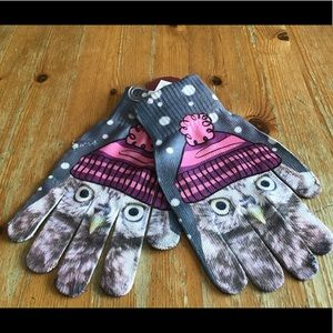 🔴SALE- Adorable! Cozy Owl Real Touch gloves NWT